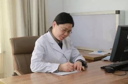 北京军海癫痫医院主任 鄢军 我们都在努力奔跑 我们都是追梦人